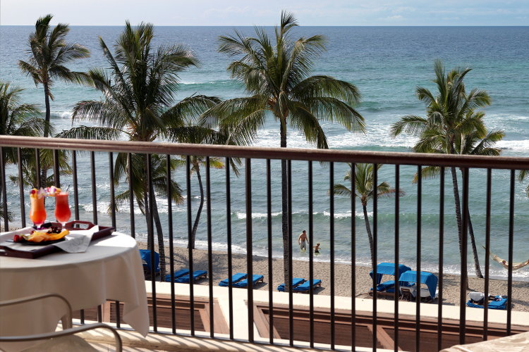 Mauna Lani Bay Hotel & Bungalows