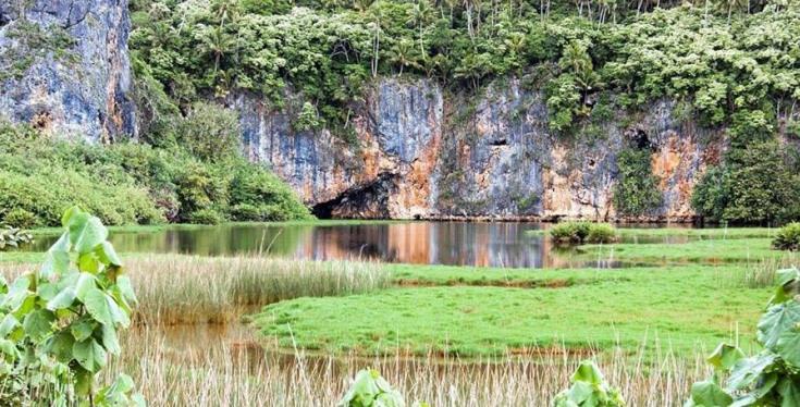 Lake Tiriara, Mangaia, Cook Islands