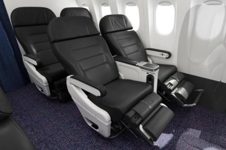 Air New Zealand to Cook Islands with Extra Legroom